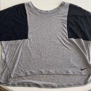 Nike light weight mesh sleeve running top